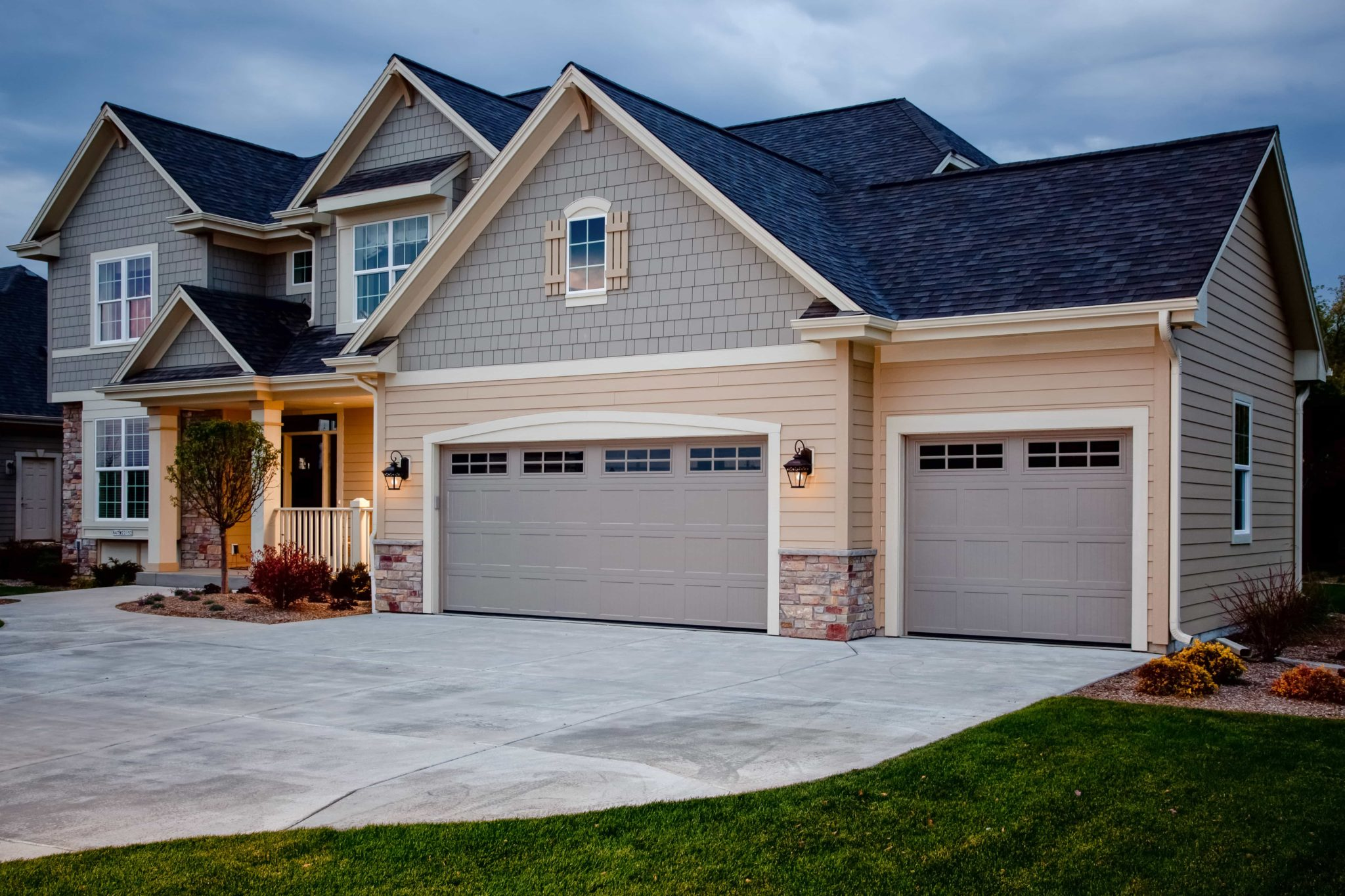 Carriage House Garage Doors New England Standard Corp