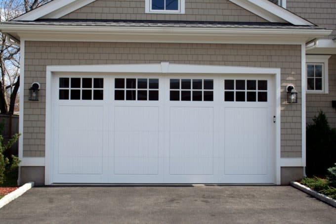Carriage House Doors Shop All Syles Of Garage Doors
